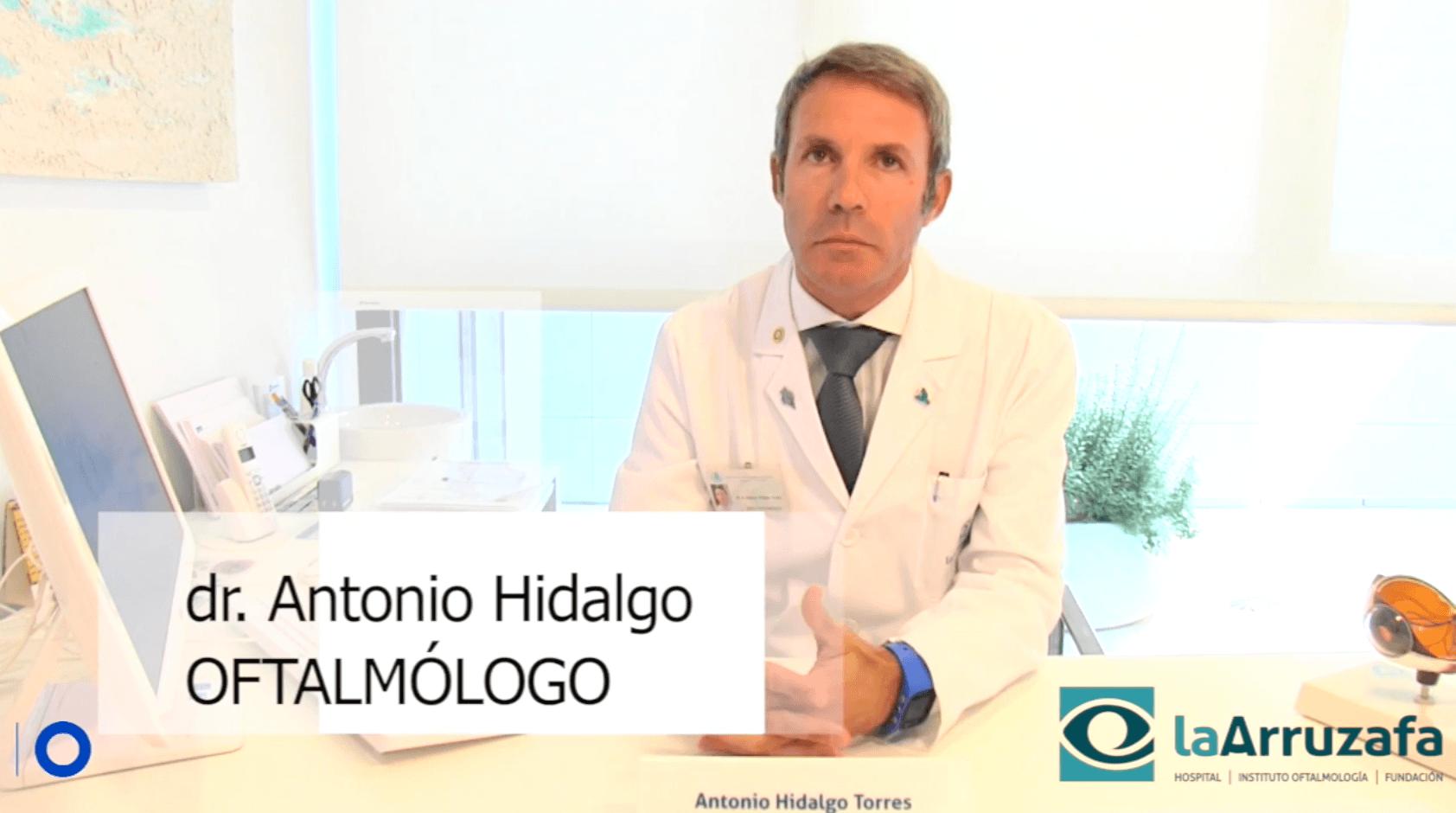Dr. Antonio Hidalgo, oftalmólogo del Hospital La Arruzafa