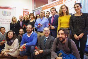 Empresas galardonadas con la distinción en la sede de la Cruz Roja en Córdoba.